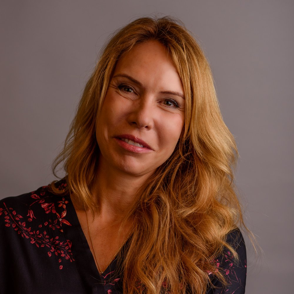 ANNA BRÅKENHIEM